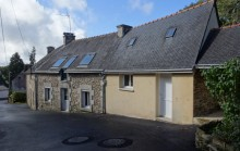 Maison de bourg proche Le Faouet (56) - 3 chambres - atelier - préau
