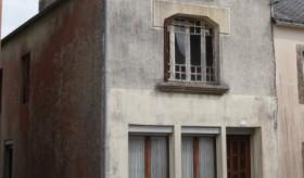 Biens AV - Maison de ville / bourg -