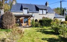 VENDU PAR L' AGENCE - Longère rénovée 3/4 chambres avec terrasse et jardin