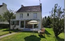 PLOERDUT - Maison de bourg 2/3 chambres avec garage, véranda et jardin